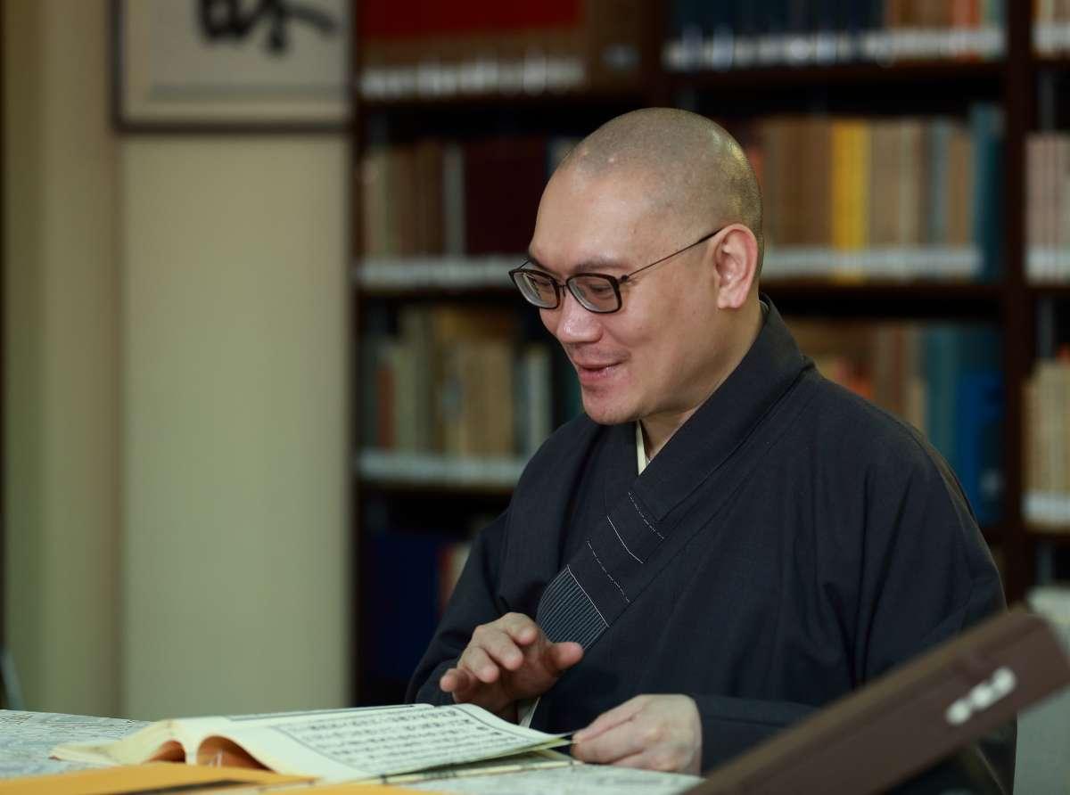 a-feast-of-liberation-tung-lin-kok-yuen-canada-societys-shuilu-fahui-buddhistdoor-global.jpg