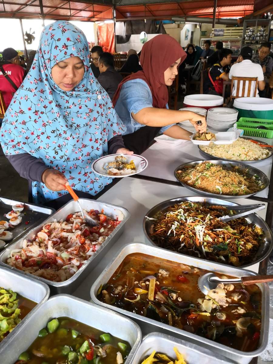Jom Go On A South Thailand Halal Food Trail New Straits Times Palungjit