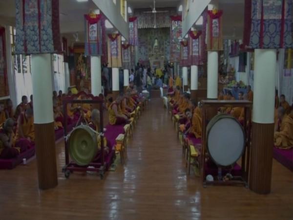 tibetans-celebrate-buddhas-life-on-full-moon-of-saka-dawa-ani-news.jpg